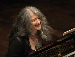 Martha Argerich: Ένας ζωντανός μύθος του πιάνου στο Μέγαρο Μουσικής Αθηνών