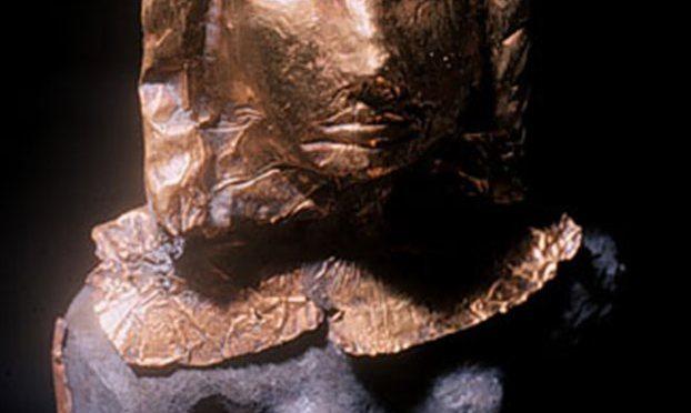 Χρυσός και ελεφαντόδοντο από ναυάγιο του 14ου π.Χ. αιώνα